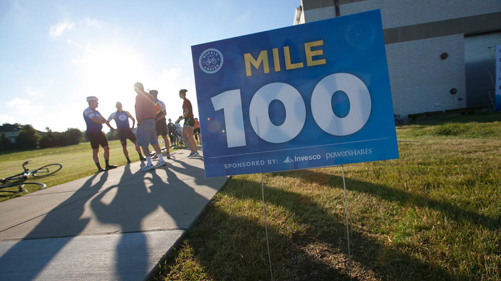 W4W Mile 100 Signage